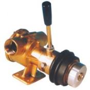 Moottorin jäähdytys- ja sähkömagneettiset kytkinpumput